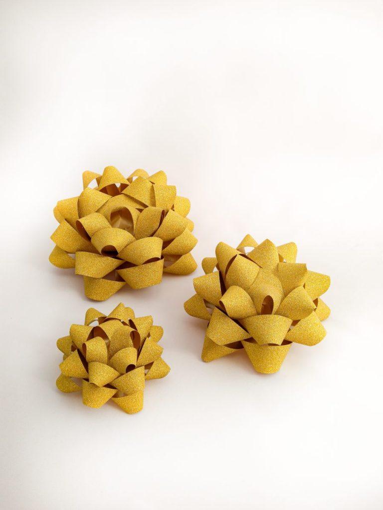 Gwiazdki żółte brokatowe